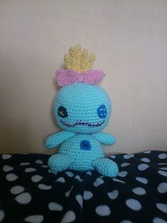 Here's a pattern for the cute Scrump from Lilo and Stitch ! :)