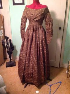 All The Pretty Dresses: 1830's Brocade Dress