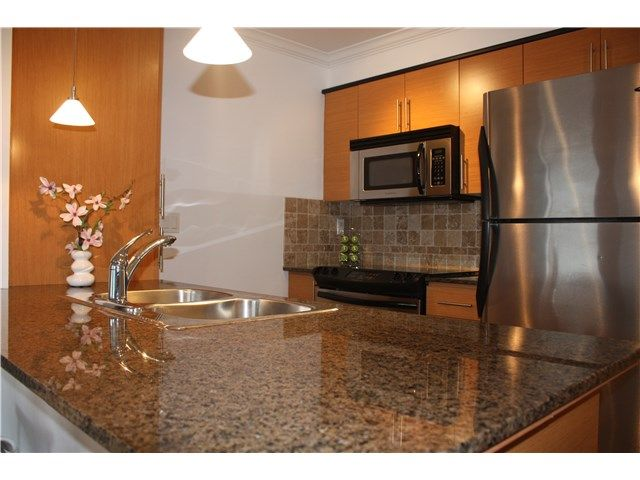 SOLD # 3004 84 GRANT ST in Port Moody: Port Moody Centre Condo for sale : MLS(r) # R2007681
