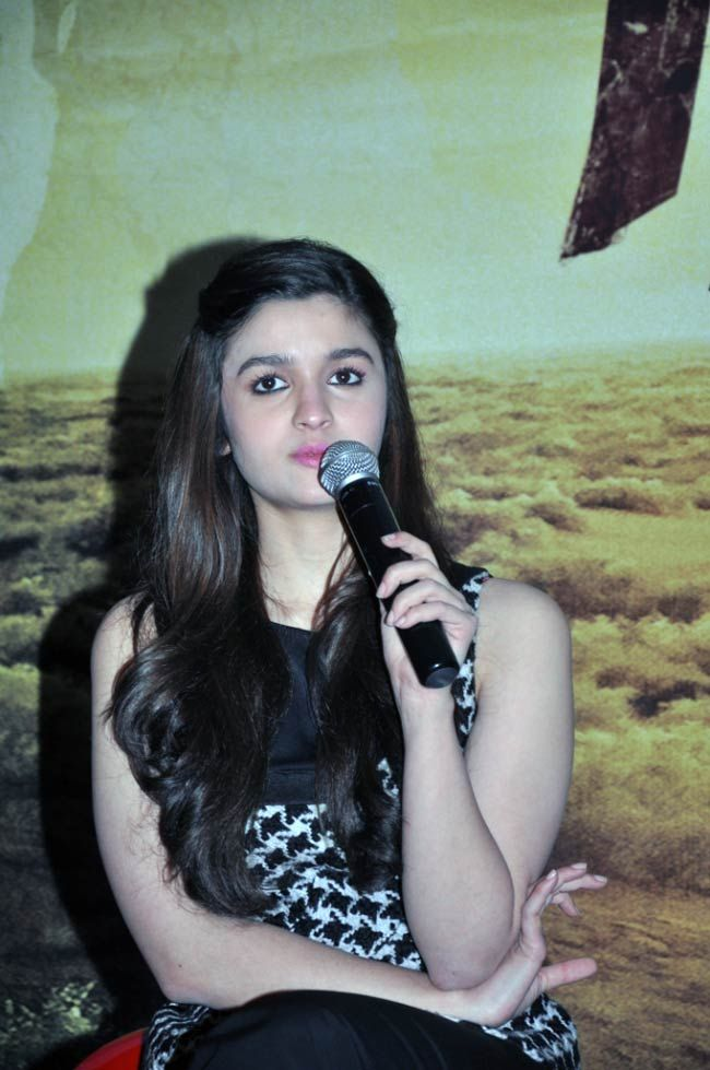 Alia Bhatt promoting her film 'Highway' in Bangalore. #Style #Bollywood #Fashion #Beauty