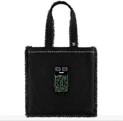 сумка shopping большого размера, твид, смола, стекло, стразы и серебристый металл-черный, зеленый, серебристый и красный - CHANEL ШАНЕЛЬ