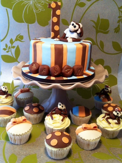 Monkey Themed 1st Birthday Cakes With Matching Cupcakes
