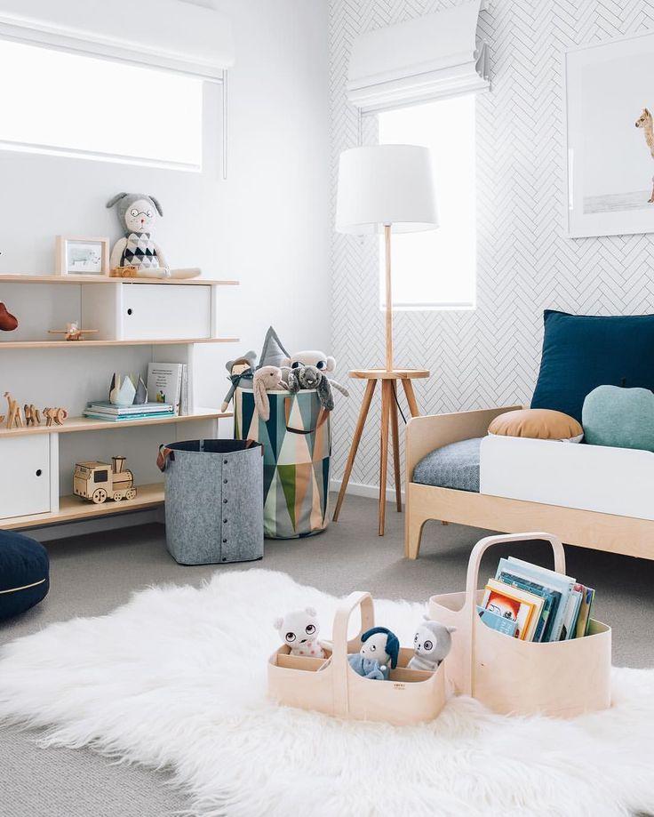 """9,472 Synes godt om, 196 kommentarer – Tarina Lyell (@oh.eight.oh.nine) på Instagram: """"Here's a sneak peak at Thomas's lovely new toddler bedroom  Thank you so much @jvanryt…"""""""