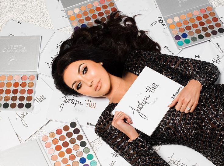 @jaclynhill introduced her dream palette. A collaboration with @morphebrushes w 35 custom shades dedicated to all her subscribers www.phlanx.com   #influencer #collab #collaboration #picoftheday #photooftheday #business #marketing #marketingplatform #blogger #beauty #fashion #influencermarketing