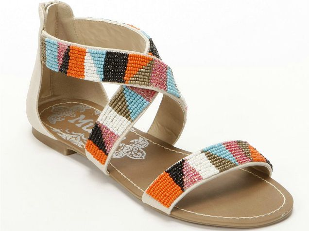 Cheap Thrills: 20 Cute Summer Sandals Under $50 http://www.ivillage.com/cute-cheap-sandals-gladiator-sandals-flat-sandals-wedges/5-a-539197?nlcid=in|06-21-2013|&_mid=1293633&_rid=1293633.55000.152176