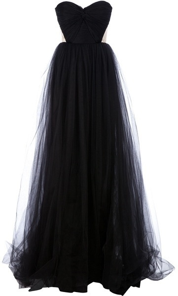 elegant and stunning tulle evening gown - top it off with some black satin gloves and a mask, and you have yourself a sharp yet simple masquerade costume !