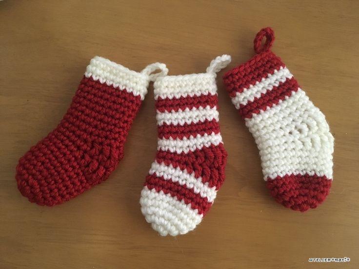 お久しぶりの無料編み図です^^簡単に編めるクリスマス用のミニ靴下オーナメントになります。クリスマスツリーの飾りつけにぜひどうぞ^^ツリーだけじゃなく、木製ピンチなどで壁に飾ってもかわいいかもしれません。サイズ感はこんな感じです↓...
