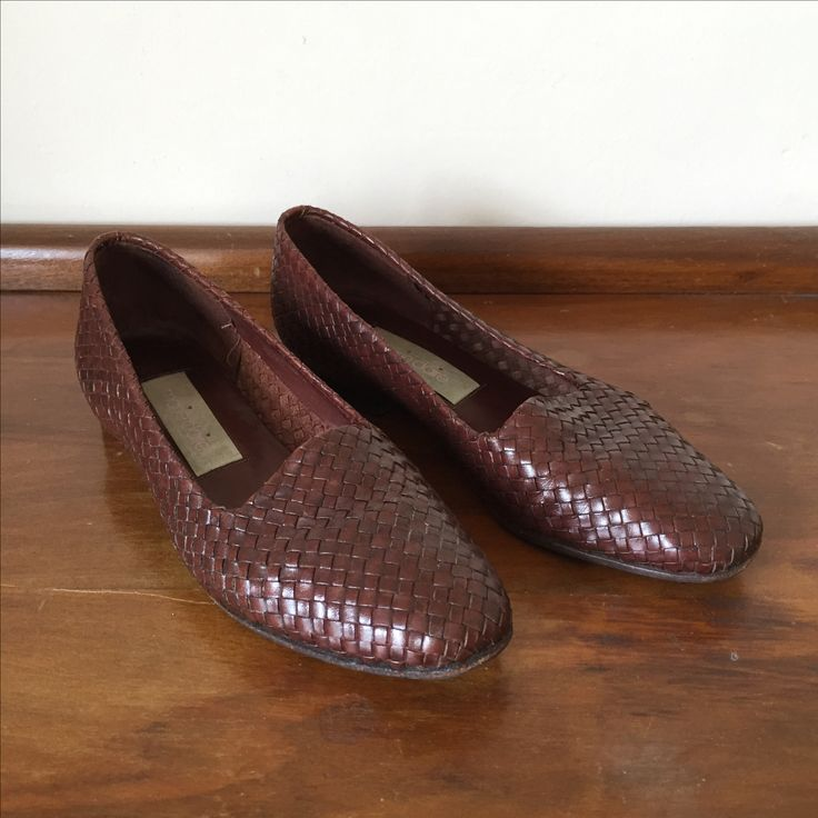 Vintage French Marie-Claire woven leather loafers