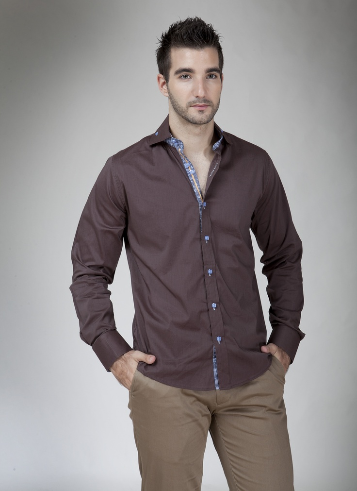 Camisa manga larga American Blues Café con botones azules.