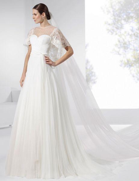 20 vestidos de novia con plumeti 2017 a los que no te podrás resistir. ¡Toma nota! Image: 4
