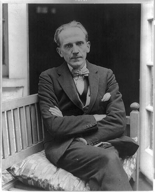 AA Milne and his trust in the potato - http://explo.in/2vq6tcr #AAMilne, #Potatoes, #WinnieThePooh #Bangalore, #English, #Literary, #Restaurants