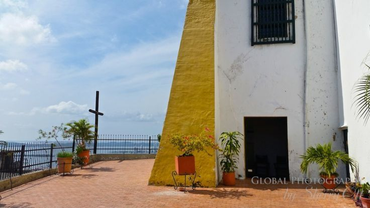Be sure not to miss the 'penthouse' view at the top of La Popa in Cartagena for the best view in the city!