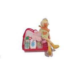 La Cesta Bebé Patito es ideal para niñas recién nacidas. Regala todo lo necesario para el cuidado personal de los primeros días del bebé: gel de baño, aceite, colonia, un babero, un par de calcetines, un biberón Baby... Un regalo económico y a domicilio que los padres de la recién nacida agradecerán. Los regalos para recién nacidos son siempre un éxito asegurado.