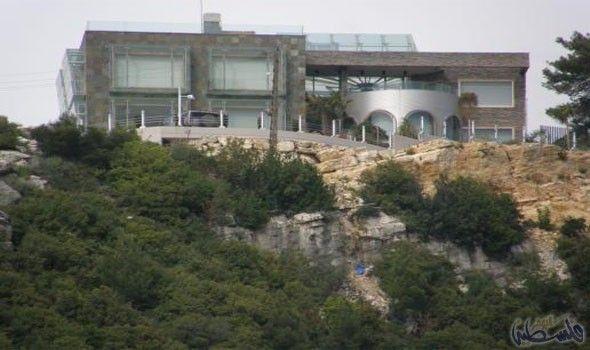 وائل كفوري يملك منزل ا يتميز بإطلالة ساحرة على البحر House Styles Mansions House