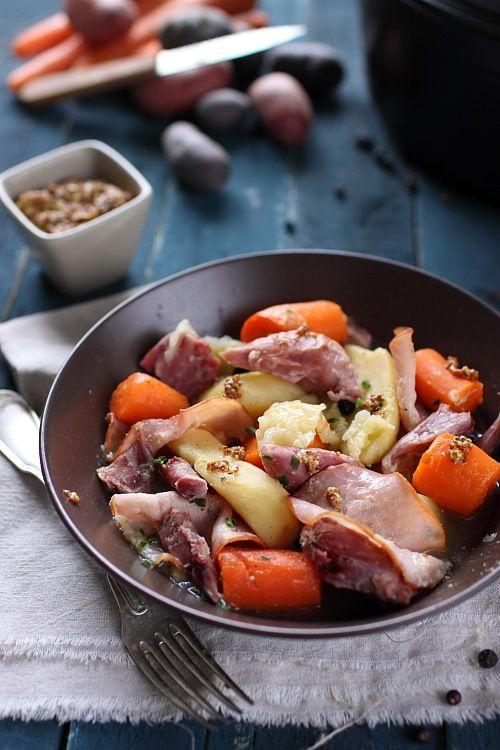 Potée de jarret de porc demi sel et légumes