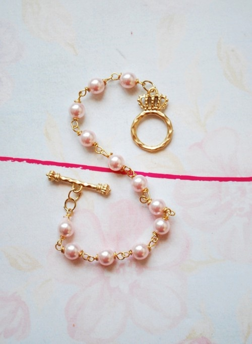 S for Sublime and the little crown for Princess.