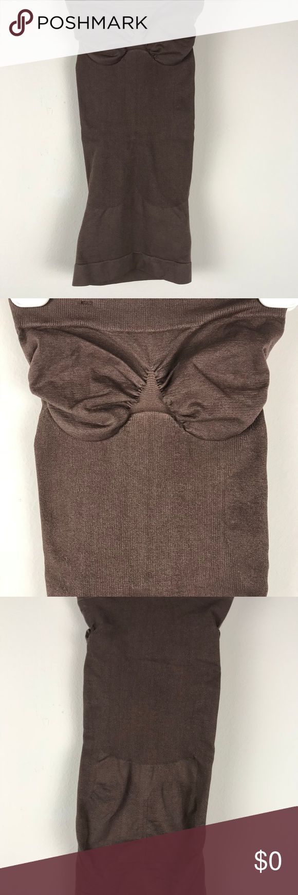 Lipodress Slimming Tube Seamless Sz S Brown Brand: Lipodress Buyer: Women Item: Shapewear Material: Stretch Fit: Tube Details: seamless Size: S Color: Brown Condition: Excellent pre-owned condition, no flaws   Location: WW24 Weight: FC 6 oz Lipodress Intimates & Sleepwear Shapewear