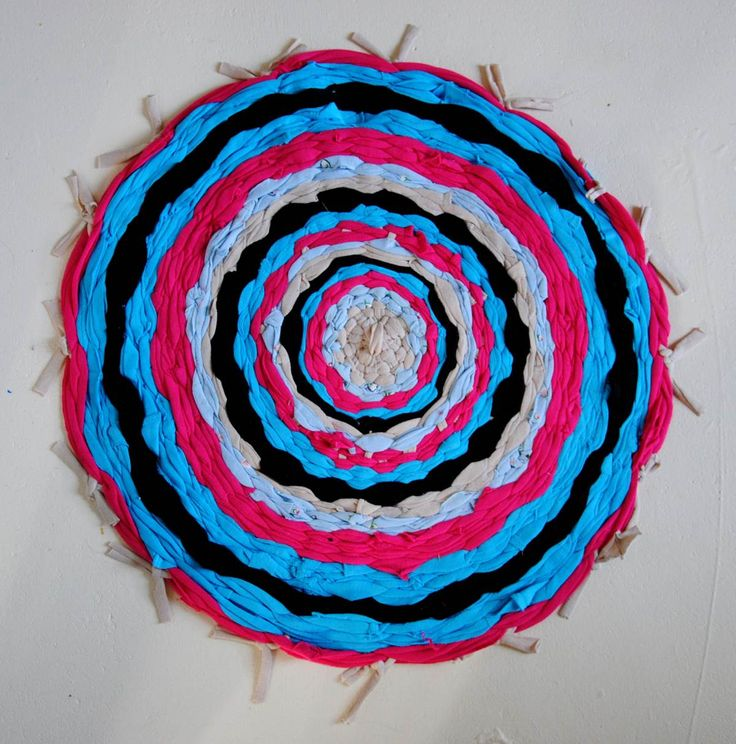How To Make Hula Hoop T Shirt Rug Diy Crafts Handimania