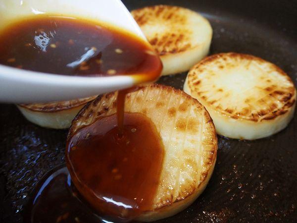 焼肉のたれで作る、とろりん大根ステーキ by 加瀬 まなみ | レシピサイト「Nadia | ナディア」プロの料理を無料で検索