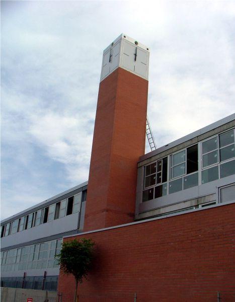 Reloj de torre en Colegio de Valencia