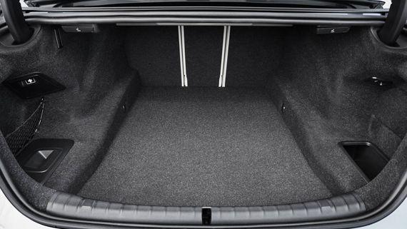 Багажник BMW 5-серии 2017 / БМВ 5-серии 2017