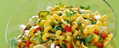 Cellentani con formaggi e verdure grigliate Sale&Pepe ricetta
