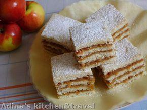 Reteta culinara Prajitura cu foi fragede si mere din categoria Prajituri. Specific Romania. Cum sa faci Prajitura cu foi fragede si mere