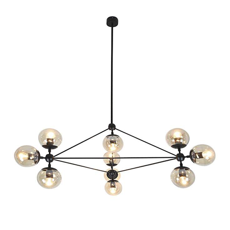 Elegante Hängelampe, leicht mit verschiedenen Dekorationsstilen kombinierbar. Ideal für Wohn- und Aufenthaltsräume. Gestell aus schwarz lackiertem Metall gefertigt. Verfügt über 4 Teile in verschiedenen Größen, die an der Deckenleuchte angebracht sind: 15 cm, 25 cm, 35 cm, 45 cm. Sie kannst ein einziges Teil anschrauben oder einige davon miteinander kombinieren, um die gewünschte Lichtstärke zu erreichen. In diesem Fall ist die maximale Breite, die man erreichen kann, 1m 20 cm, wenn man die…