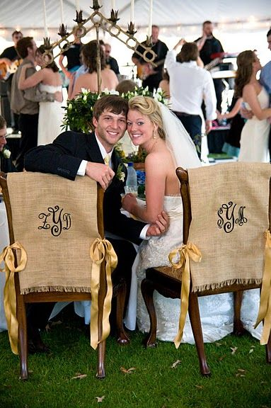 monogrammed burlap: Dining Rooms, Chair Covers, Cute Ideas, Burlap Monograms, Seats Covers, Burlap Chairs, Chairs Covers, Bride Groom, Monograms Burlap
