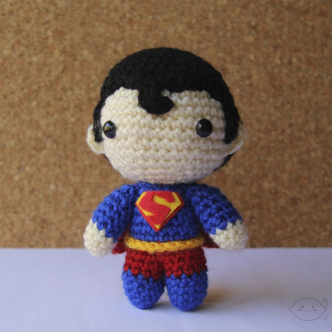 Superman - Crochet Amigurumi - #lemonyarncreations #amigurumi #dcuniverse #dccomics #superman