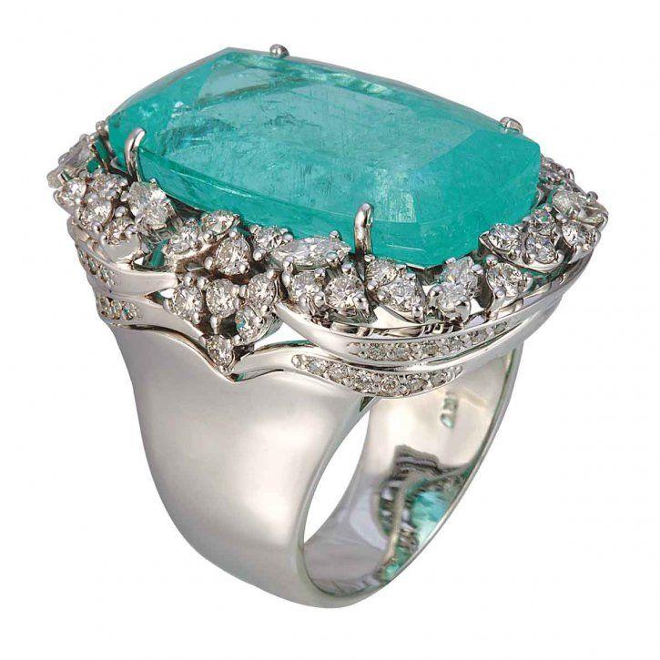 Paraiba tourmaline and diamond ring by Vianna Brasil