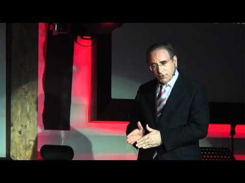 Cómo comunicar siempre con eficacia: Ángel Lafuente at TEDxCanarias - YouTube