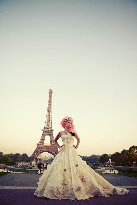 rock n roll bride in paris http://rocknrollbride.com #katwilliams #wedding #gown