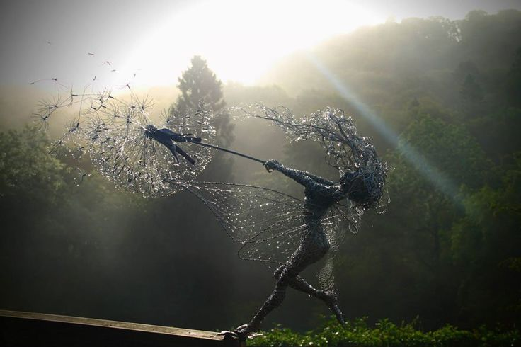 15 Simply Amazing Twisted Awesome Wire Sculptures