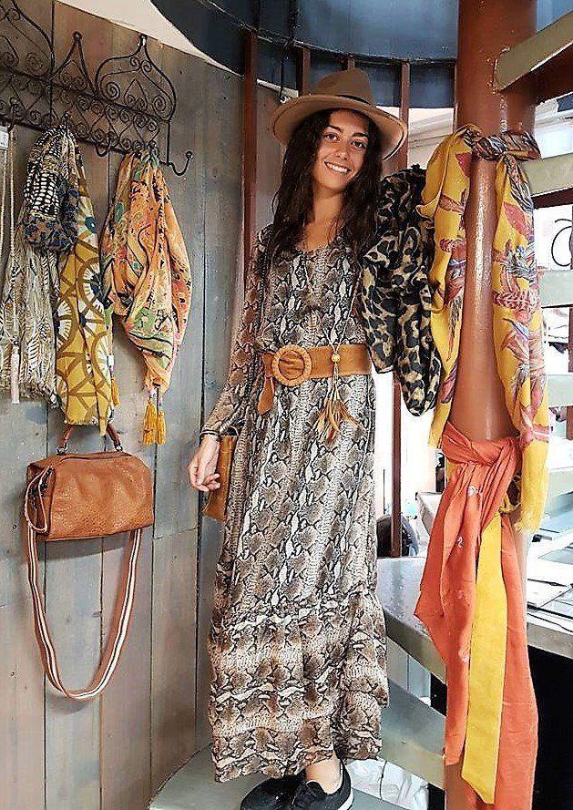 b6c2e643d58 Robe longue en Soie motif Piton Robe boho imprimé animal Taille Unique Robe  Bohème chic Hippie chic Glam rock  de la boutique PtiteNature sur Etsy