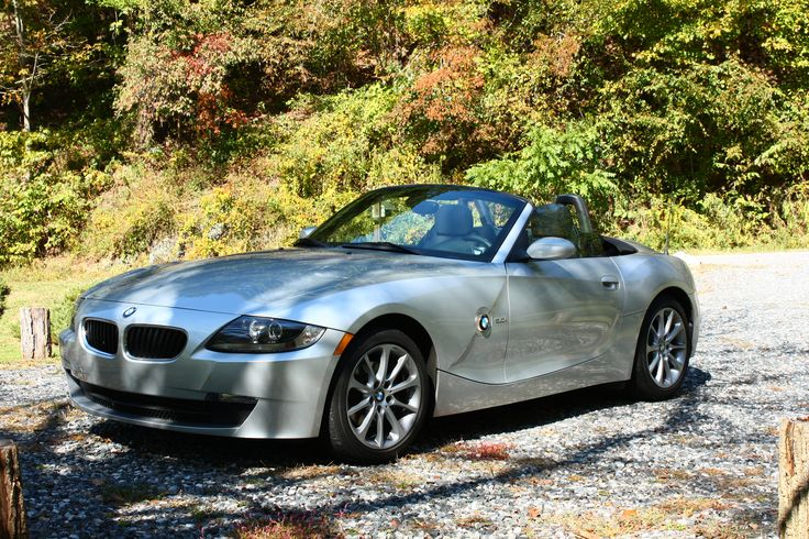 BMW Z-4 3.0i   So much Fun!