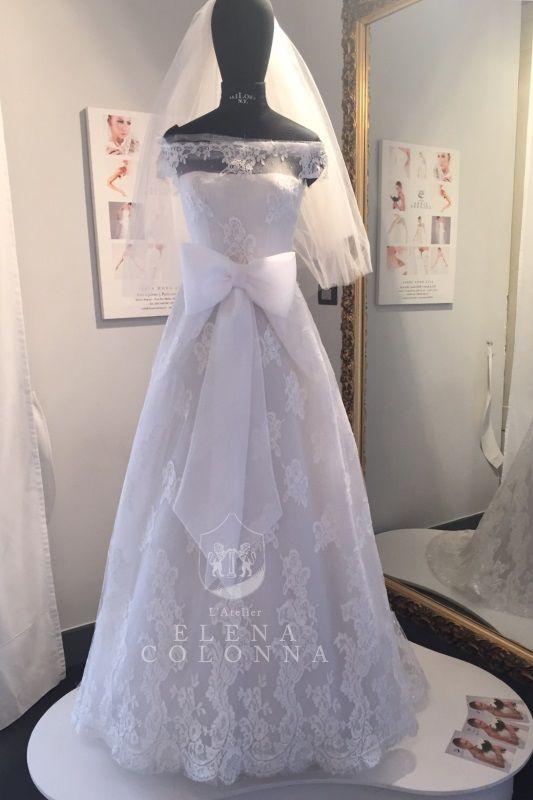 """""""Collezioni sposa 2016. Abito da sposa romantico realizzato con telaio in pizzo di Dior"""" #abitisposanapoli"""