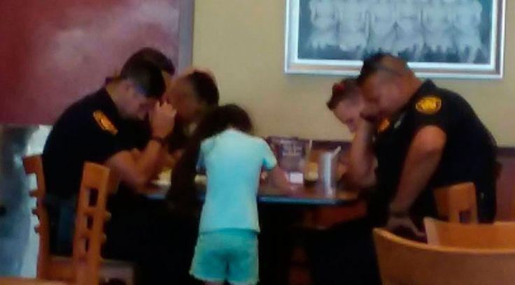 Paige Vasquez tiene 8 años y hace unos días se acercó a un grupo de policías en un restaurante de San Antonio, Texas, Estados Unidos, para proponerles algo que los conmovió.