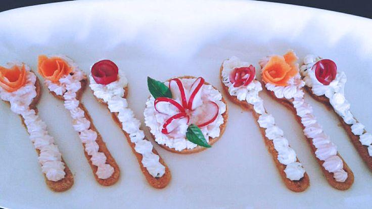 Cucchiaini di cheesecake salati
