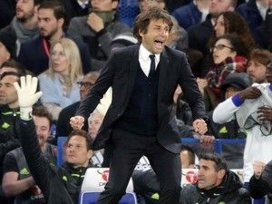 Chelsea 'to hand Antonio Conte a new contract and big transfer kitty'