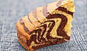 La torta margherita è un dolce a base di uova, farina e zucchero arricchito dai semi della baccadi vaniglia. Ottima per la merenda e la colazione.