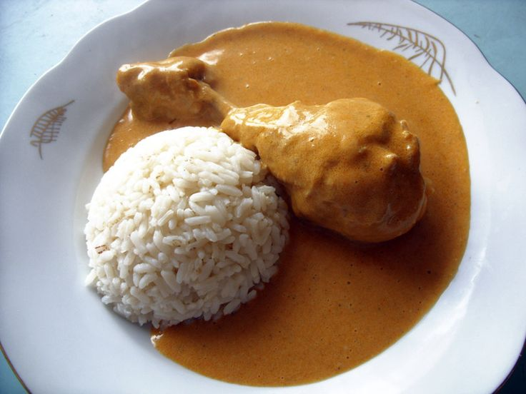 Slepice na paprice s rýží