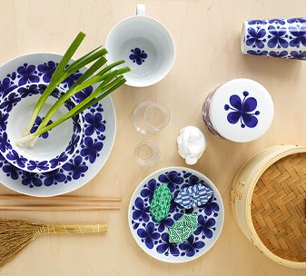 """Mon Amie (French for """"my friend"""") made its debut back in the 1950s, when Marianne Westman created the now classic decorative pattern one rainy Midsummer Eve. Over the years the blue floral decoration has become something of an icon for Rörstrand. Marianne was a true pioneer within her genre and has even been called """"the mother of Swedish porcelain""""."""