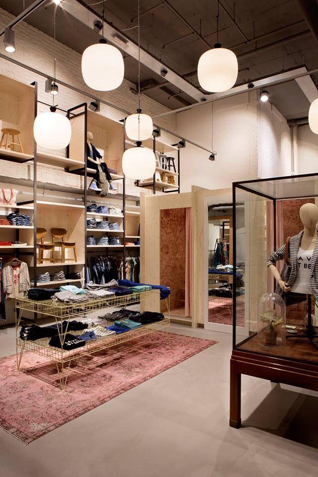 Geluksstraatjes | Pilot store Sissy Boy Haarlem | Barteljorisstraat 22 | www.sissy-boy.nl