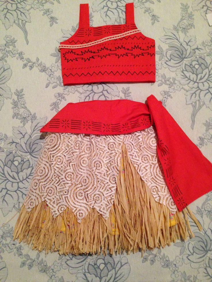 Fantasia Moana em tecido e fibra natural.