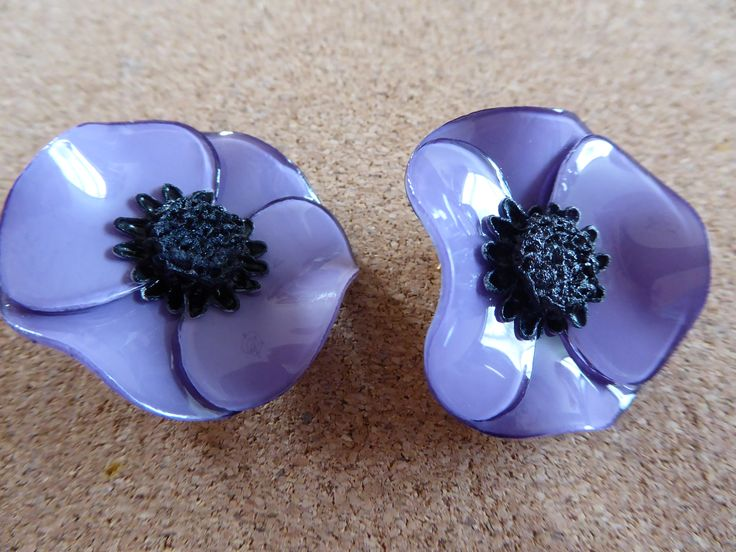 Earrings by Stephanie Ravel for Cilea, Paris.  Bought from the Victoria & Albert Museum, London. I now have these in 7 colours ...