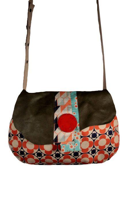 sac main femme tissu beige bleu marine et orange cuir vert bouteille sacs bandouli re. Black Bedroom Furniture Sets. Home Design Ideas