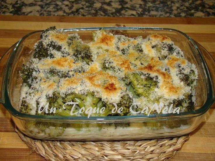 Dale un toque muy especial al brócoli con esta bechamel vegetal que nos enseñan a prepara desde el blog UN TOQUE DE CANELA.