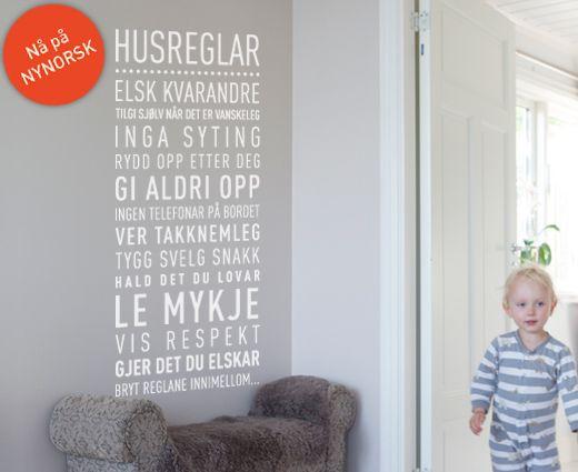 www.happylines.no -  Nynorsk Wallsticker Husreglar (Nynorsk) - En fantastisk wallsticker til familie hjemmet! På nynorsk.