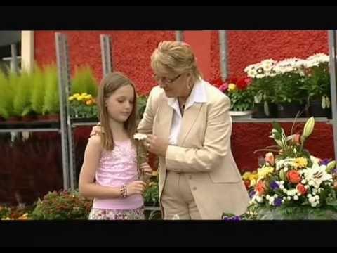 Isla Grant - A Daisy For Mama.avi - YouTube